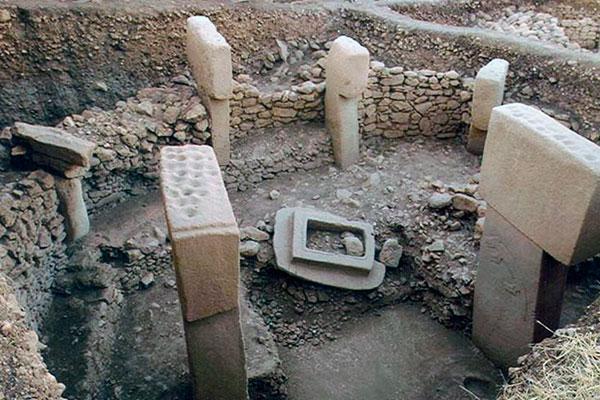 Первый бетон - история появления